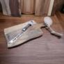 Kép 2/4 - Rózsafa tálaló ,vágódeszka 1db sajtkéssel