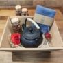 Kép 2/3 - Tea ajandekcsomag-japan vas teaskanna-szalas teak