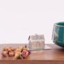 Kép 4/5 - Teagömb rozsdamentes acél házikó formájú (teafilter)